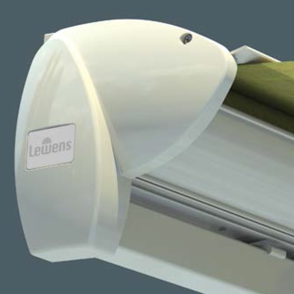 Функциональное защитное покрытие для модели серии Family Design «защита от дождя»предохраняет сложенный тент от дождя,загрязнения и влияния других погодных условий.